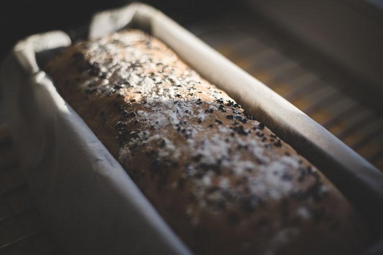 Celebrowanie codzienności, własnoręcznie upieczony chleb