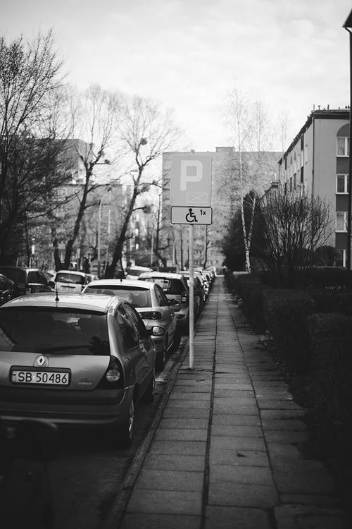 początki kwarantanny - puste ulice